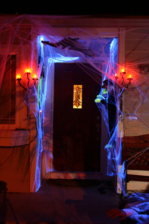 Scary halloween door decorations - Scary Halloween House Decorations Spooky Blue Halloween Door Download