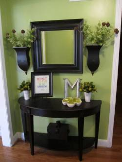 Artistic Deep Rich Entry Table Decoration Entry Table Ideas For 2018 Small Entryway Console Table Small Entryway Table