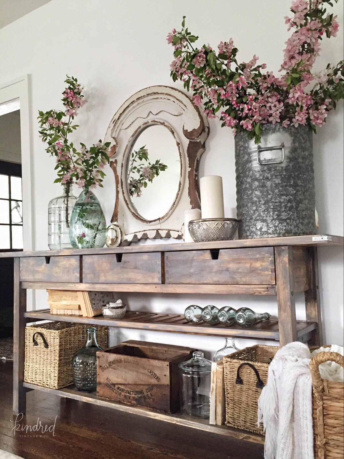 Standout Farmhouse Designs 37 Best Entry Table Ideas Decorations And Designs For 2019