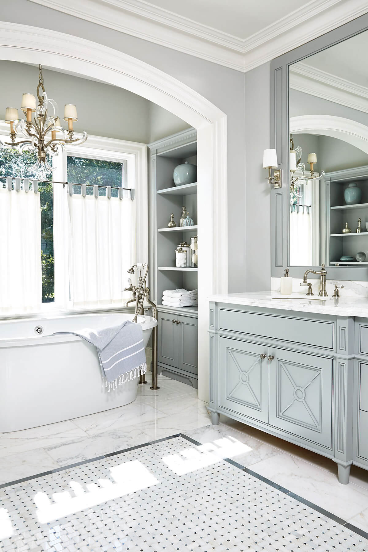 32 Best Master Bathroom Ideas And Designs For 2020