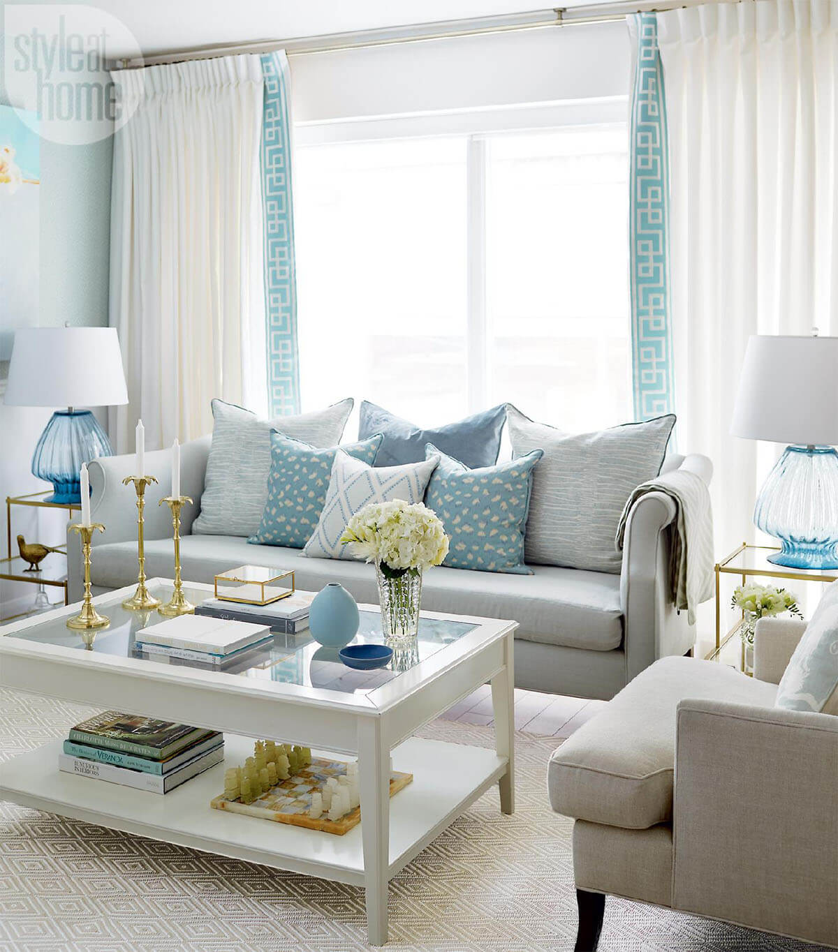 Blue Living Room Decor Ideas 33 Best Ocean Blues Home Decor Inspiration Ideas And Designs For 2019