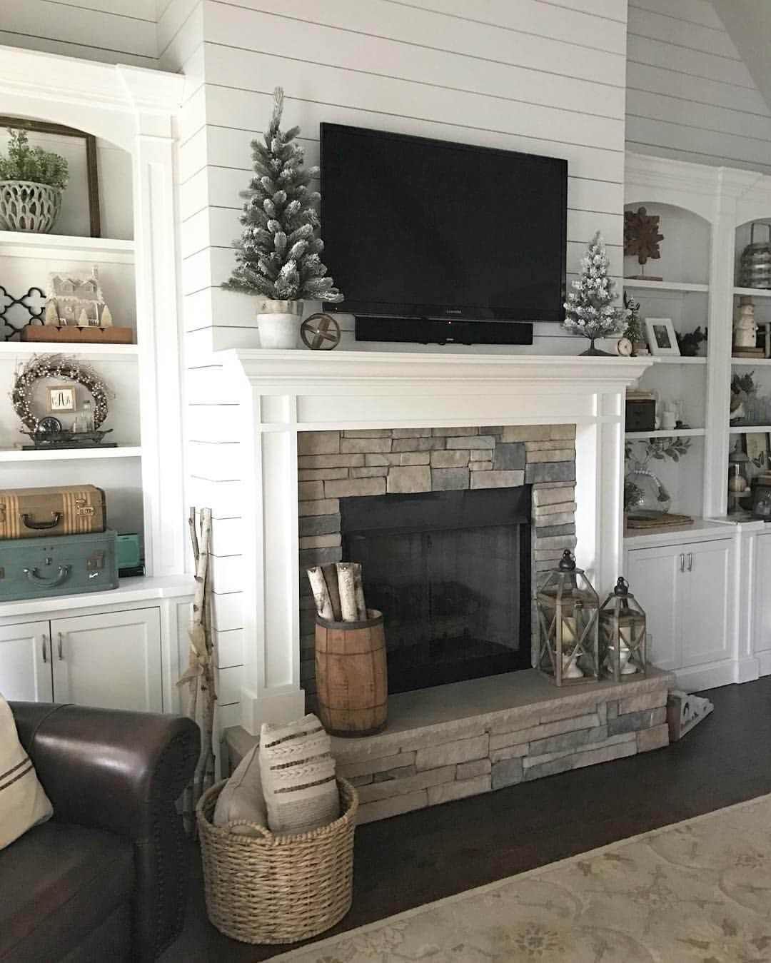 Fireplace Mantel Decor With Tv 28 Best Farmhouse Mantel Decor Ideas And Designs For 2019