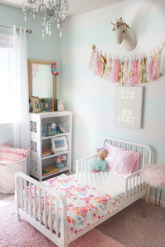 Pale Pink Wallpaper For Girl Nursery 26 Best Kid Room Decor Ideas And Designs For 2018