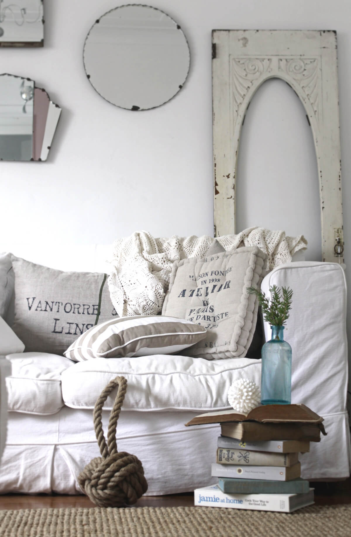 Nautical Sofa Throws White Sofa With Oversized Cushions And Nautical Knot Homebnc