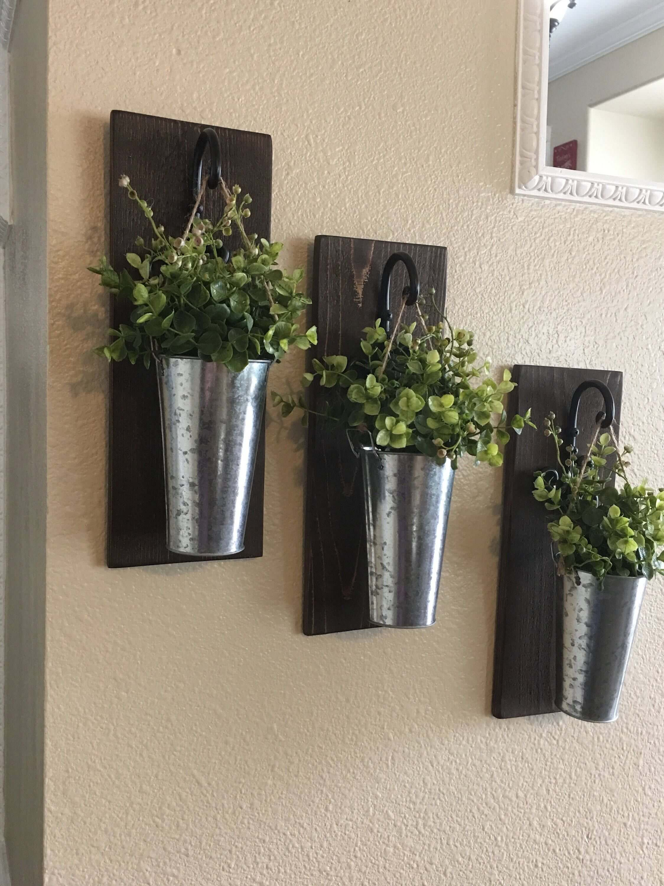 Wall Hanging Plants 36 Best Farmhouse Plant Decor Ideas And Designs For 2019