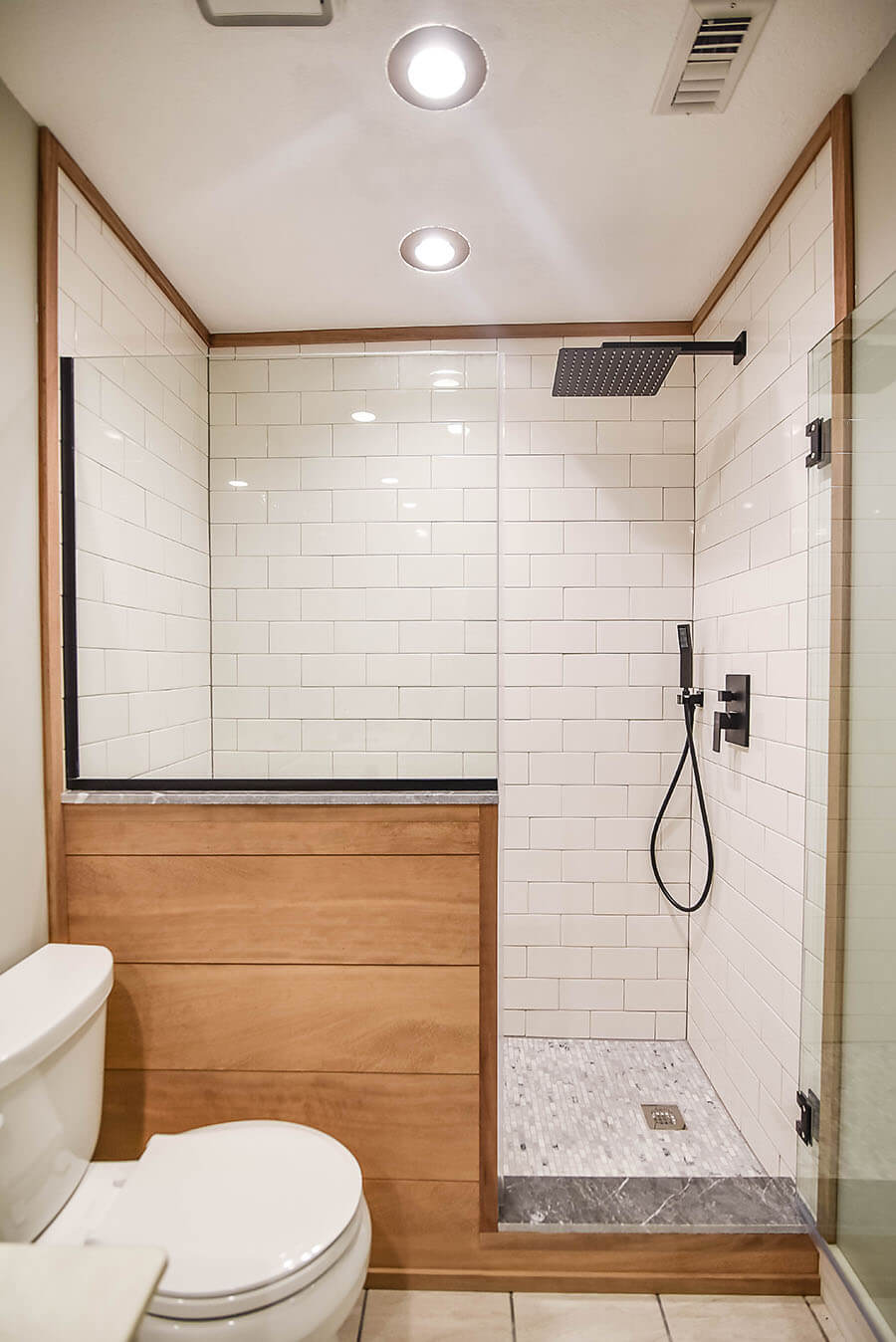 27 Best Modern Bathroom Ideas And Designs For 2020