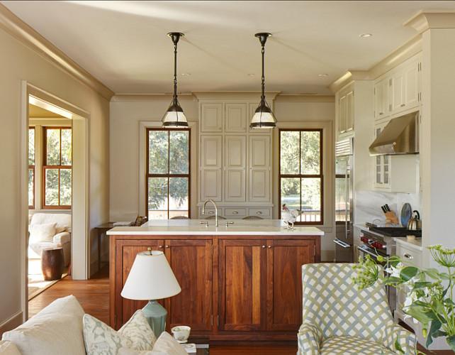 Kitchen cabinet paint color benjamin moore natural cream for Neutral kitchen cabinet paint colors