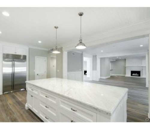 Judd-Apatows-home-kitchen-4-57206b-589x419