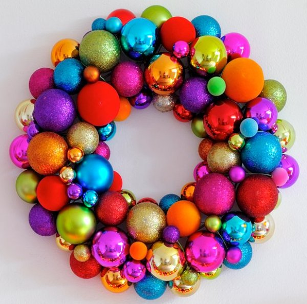 334x327xOrnament-Wreath3.png.pagespeed.ic.17oT8n3wAq