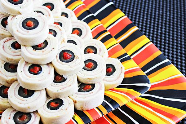 Eyeball Pinwheels for #SundaySupper Halloween Party - Home Cooking