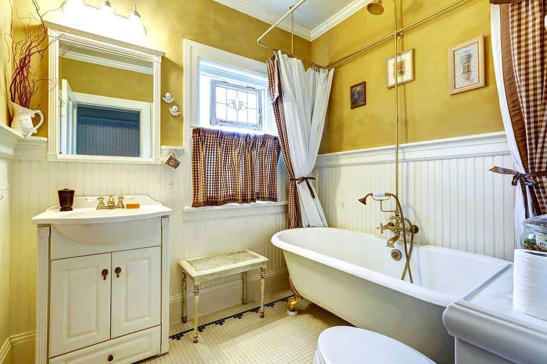 17 Gorgeous Yellow Bathroom Ideas And How To Implement Them Home Decor Bliss