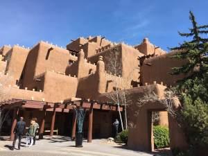 Santa Fe, New Mexico – Modern Pueblo Architecture