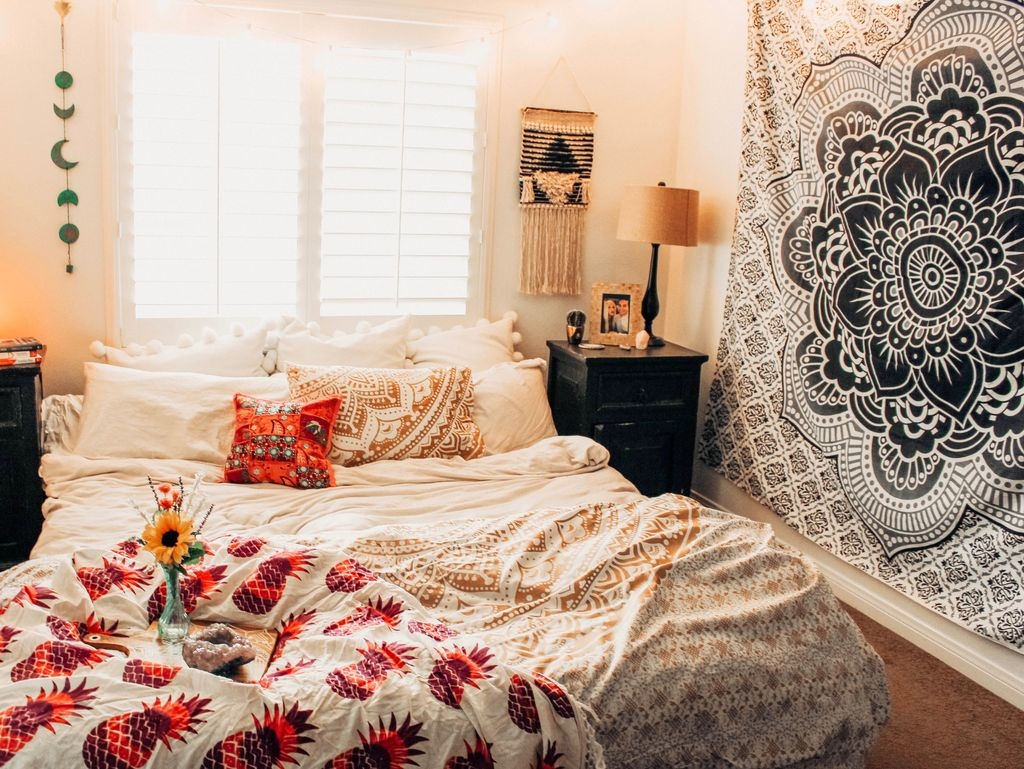 Unique Bedroom Accessories 40 Bohemian Bedroom Decoration Ideas Homedecorish