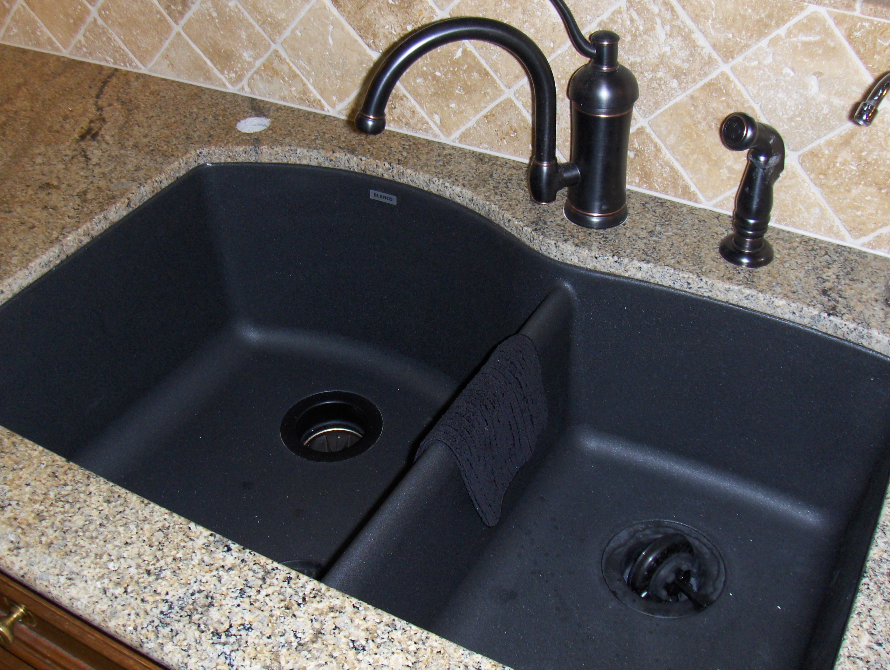 Kitchen Faucets For Granite Countertops Bathroom Interior Kitchen Furniture Colors Of Granite