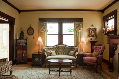 15 Wondrous Victorian Styled Living Rooms | Home Design Lover