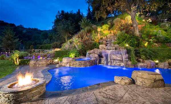 Gartenpool Eckig Fire+water Combo In 15 Traditional Pools With Fire Pits
