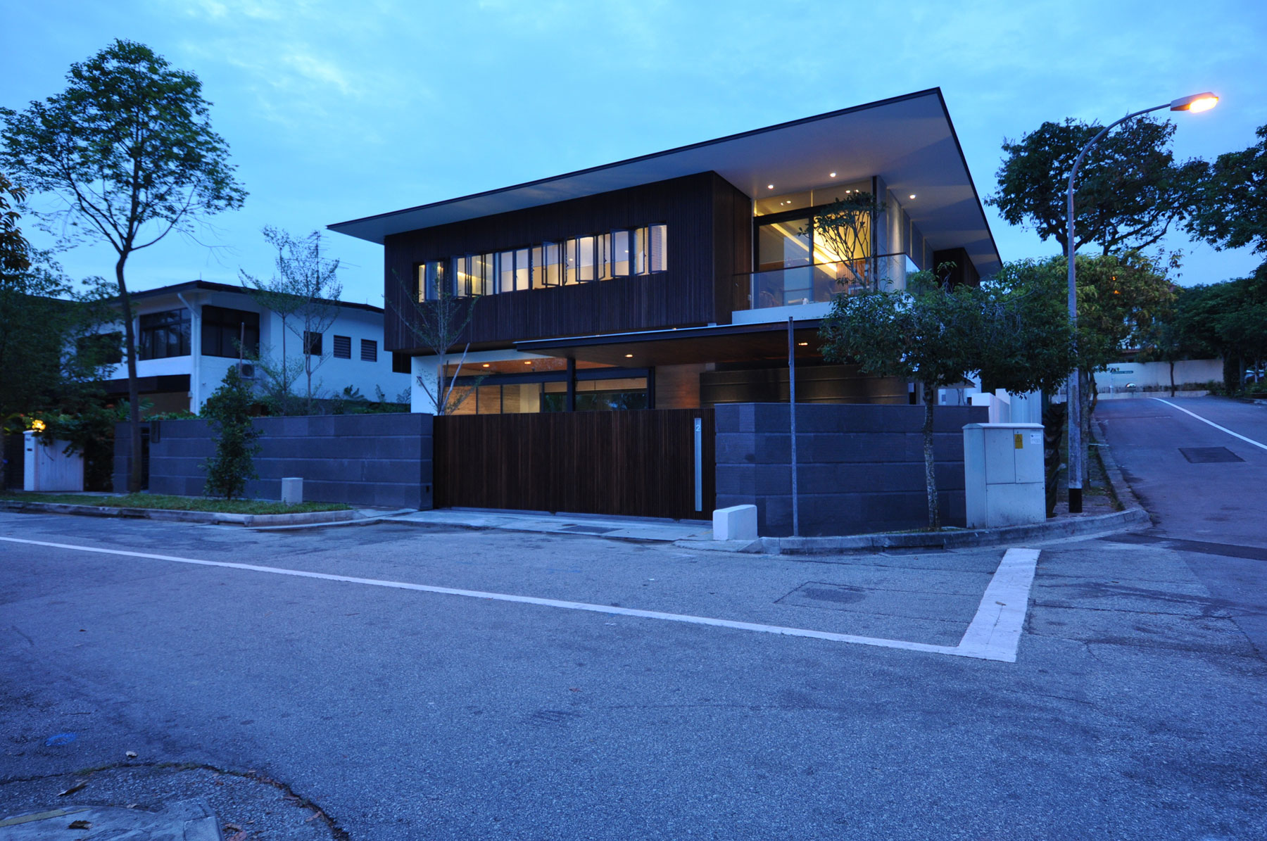 Bungalow L Form Sunset Terrace House By A_collective | Homedezen
