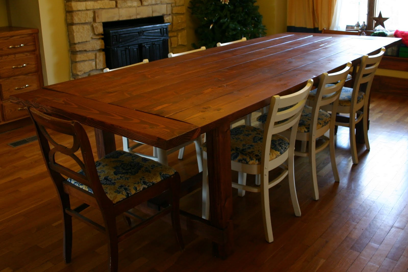farmhouse rustic dining table rustic kitchen table Build farmhouse dining table