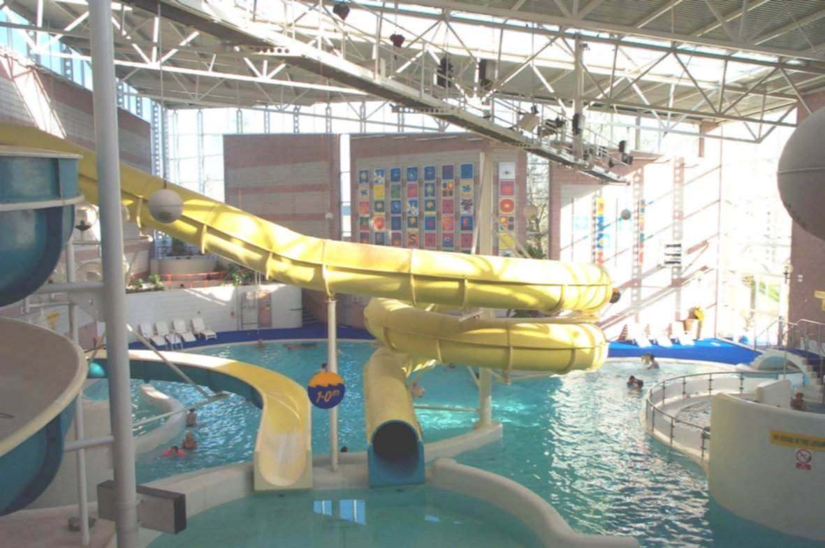 Zwembad Oberhausen Swimming Pools With Slides Scotland Photos Pixelmari