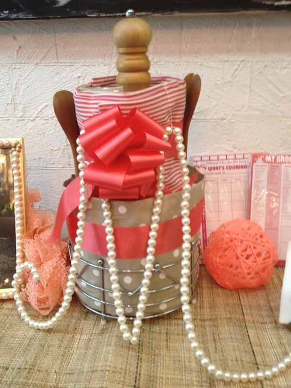 Homemade Parties DIY Party_Laces and Pearls_Monica14