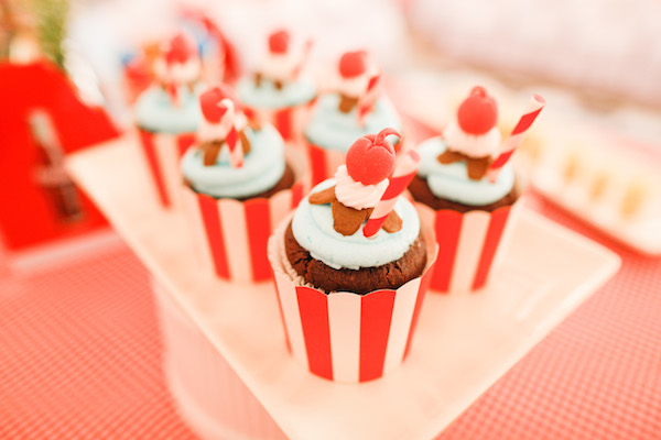 Homemade Parties_DIY Party_50s Diner Party_Lucas90