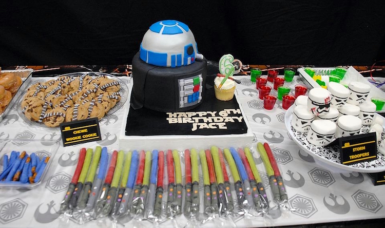 Homemade Parties_DIY Star Wars Party_Jace09