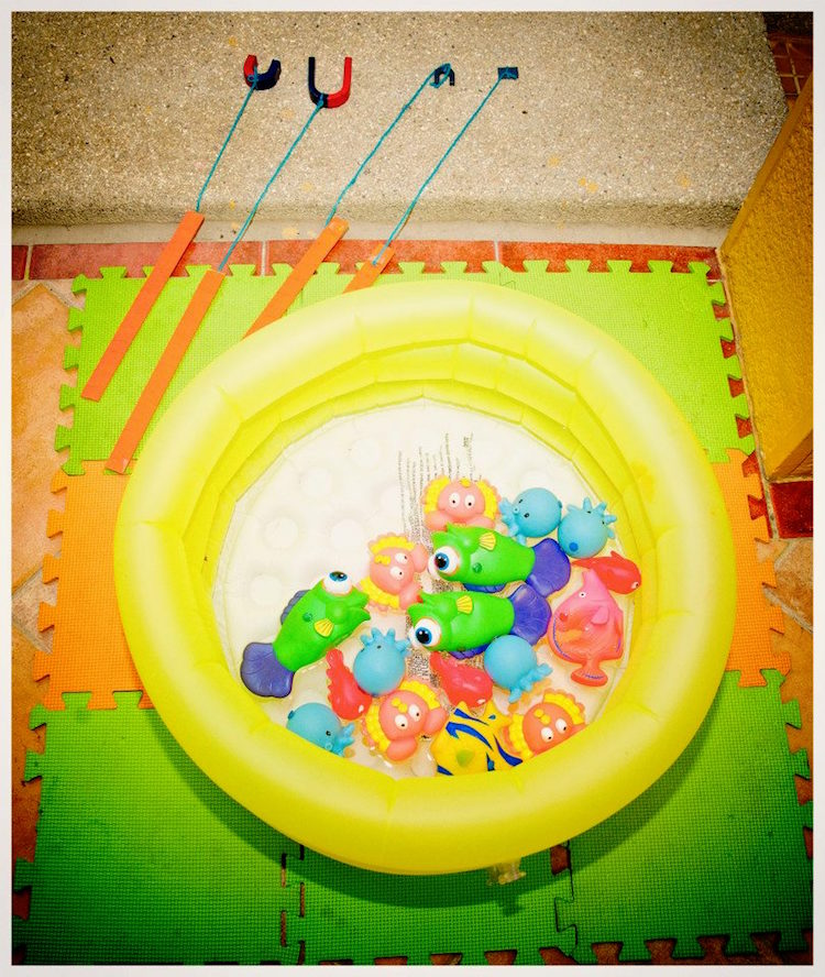 Homemade Parties DIY Finding Nemo Dory _ Russel07