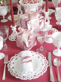 pink-christmas-table-setting-ideas