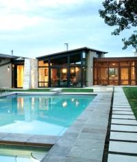 comfortable-and-modern-backyard-pool-design-ideas
