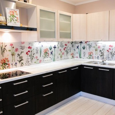 20 Beautiful Wallpaper Kitchen Backsplashes With Nature Elements | Home Design And Interior