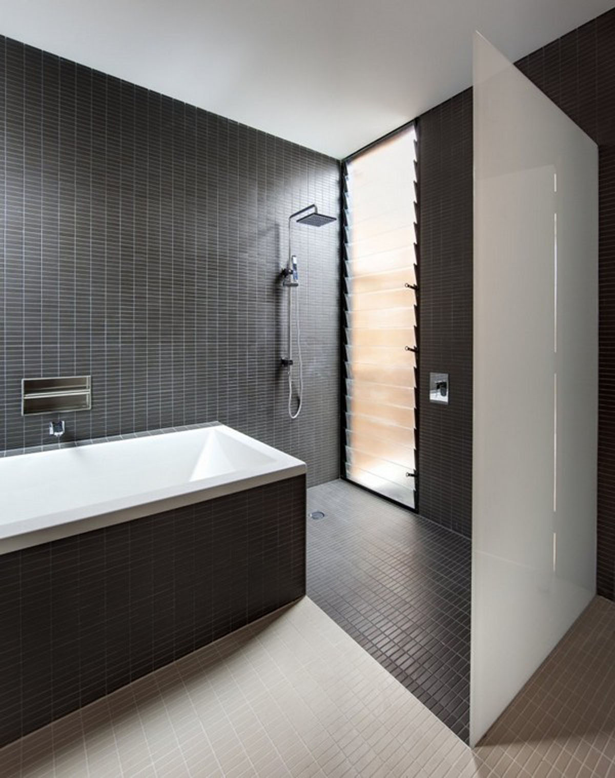 Black Tiled Bathroom Black And White Theme For Minimalist Bathroom Ideas