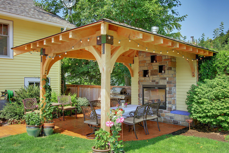 Brilliant Ideas For Backyard Divider To Keep Your Privacy