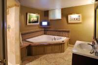 Accessible Basement Bathroom Ideas with Tasteful and Less ...