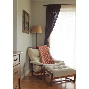 Charm Reading Chaise Lounge Chair Style Laminate Chairs Reading That Give You Chairs Blanket Andwooden Leg