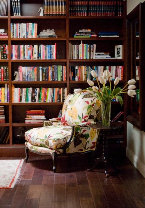 Medium Of Floor Reading Chair