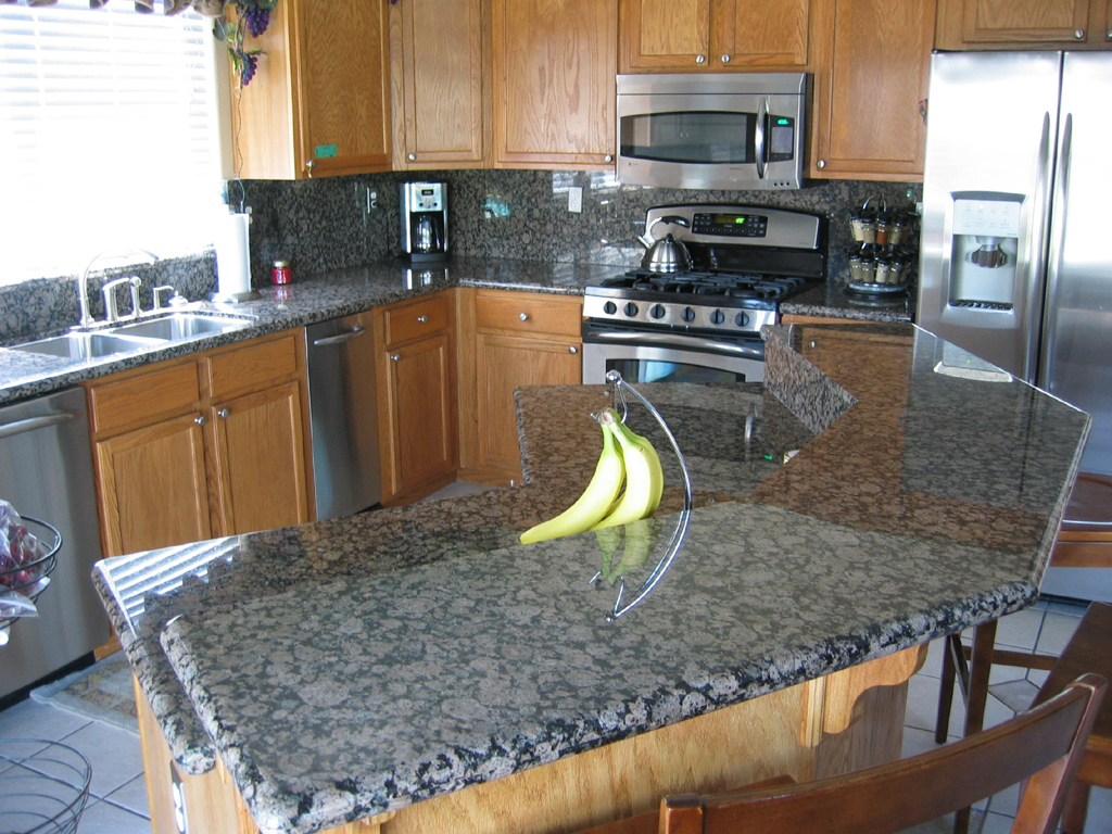 Cost To Put In Granite Countertops How Much Is The Average Price Of Granite Countertops
