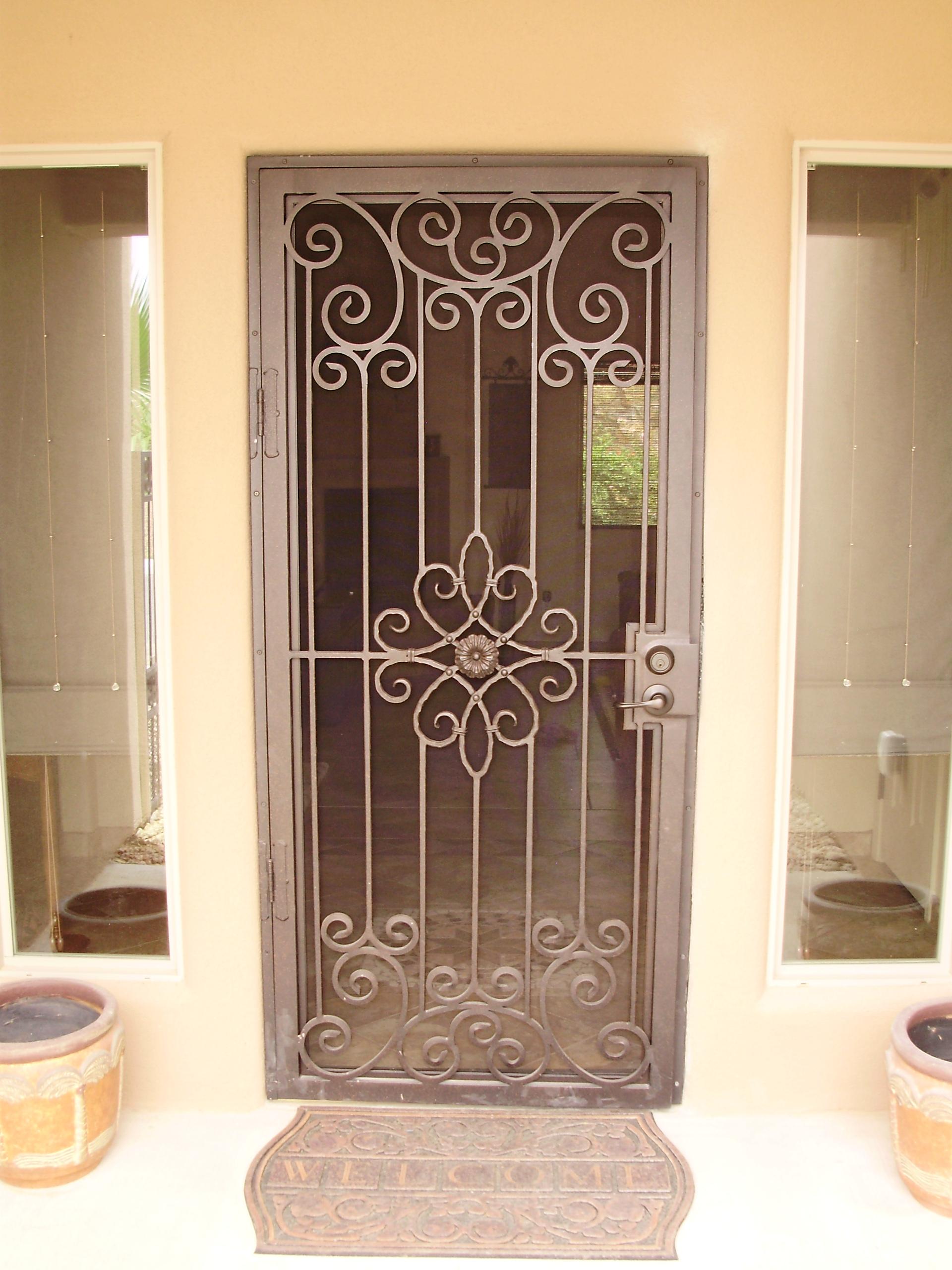 Unique Home Designs Screen Doors: Buying Guide