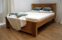 Simple Wood Bed Frame Ideas | HomesFeed