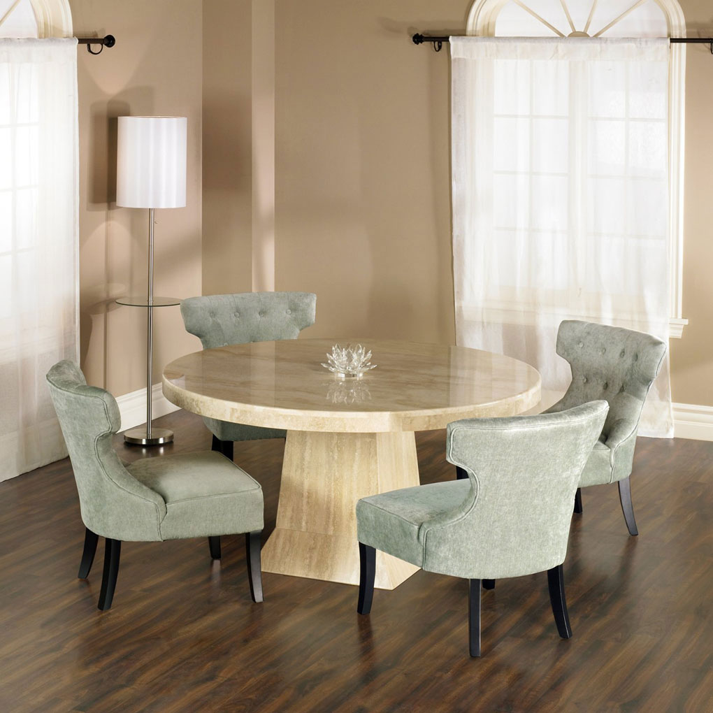 Small Oval Dining Table: Help for Small Dining Space