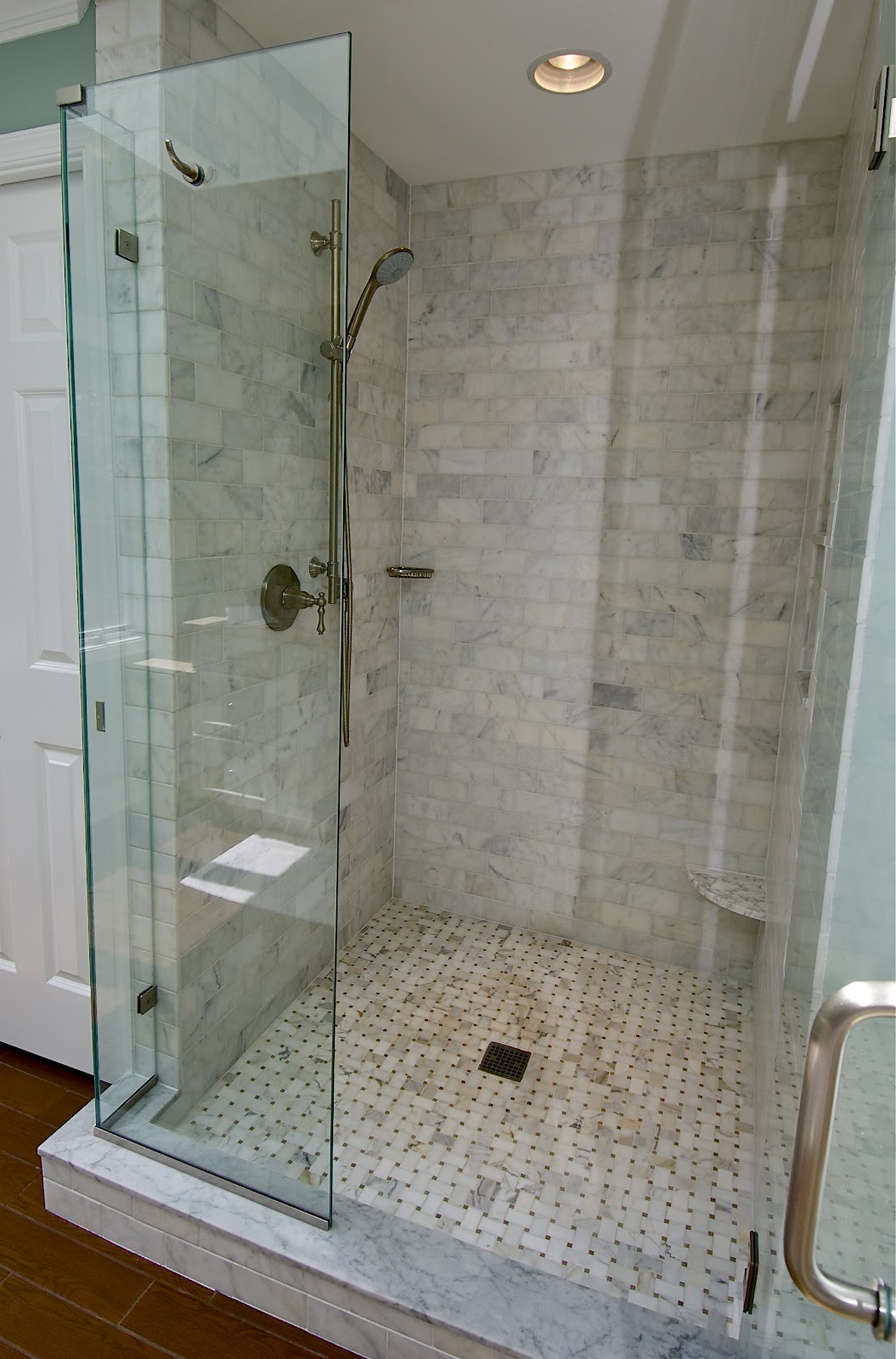 Marble Subway Tile Shower Offering The Sense Of Elegance Homesfeed