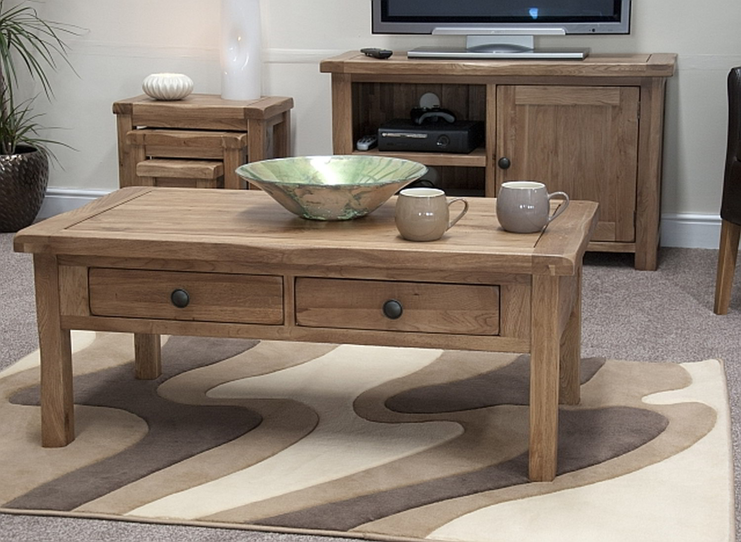 High Accent Tables High End Coffee Tables To Create An Interesting Look Of A