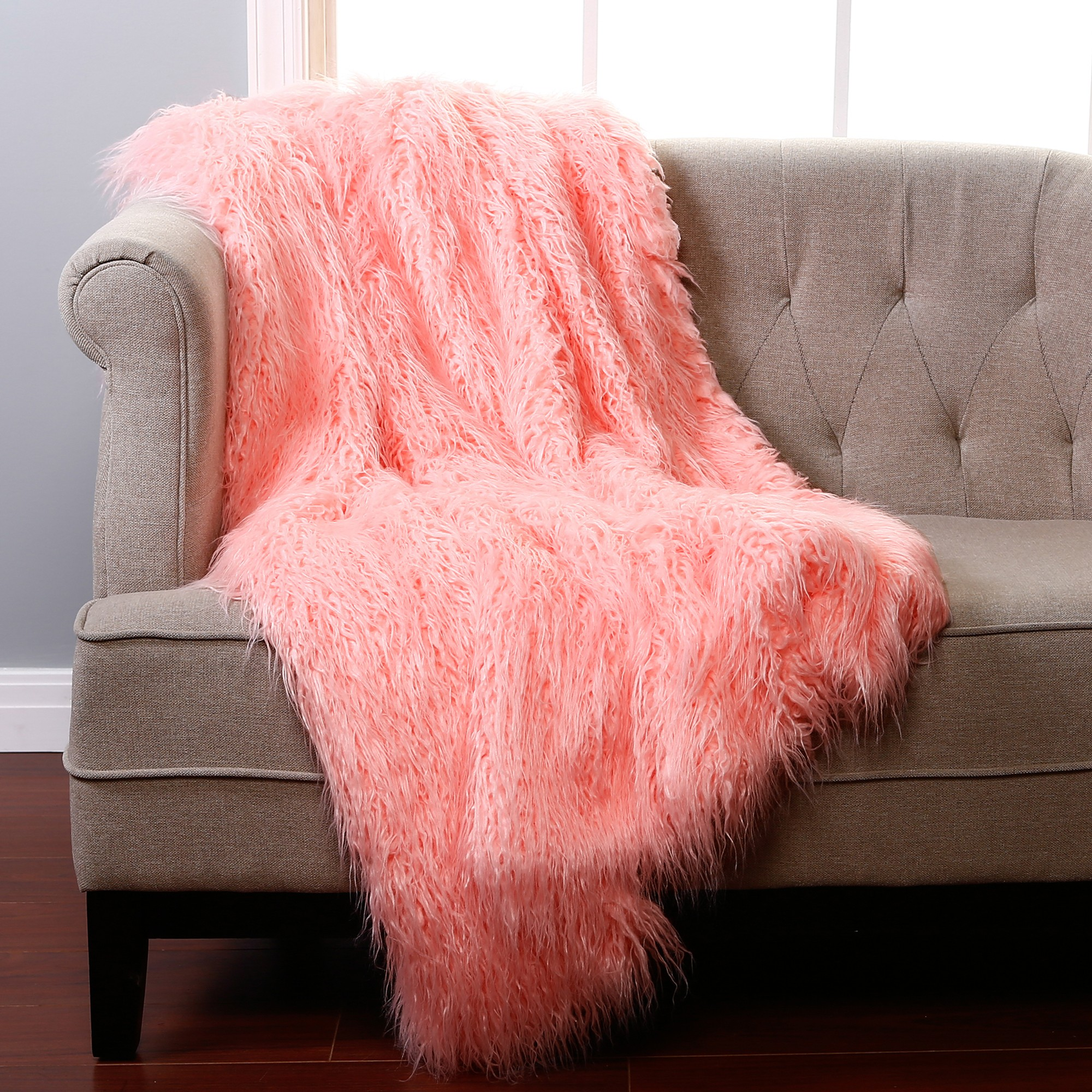 Pink Throw Faux Sheepskin Throw Chasing Luxury In Fashionable Look