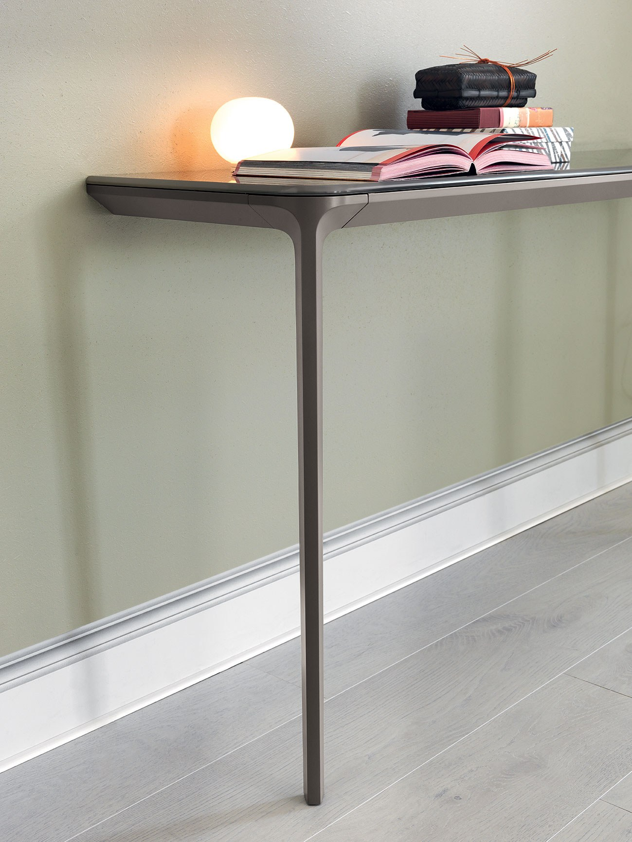 Slim Couch Table Slim Console Tables That Will Add The Sophistication Of