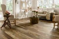 Hardwood floor vs Laminate: The Pros and Cons | HomesFeed