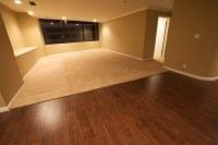 Hardwood floor vs Laminate: The Pros and Cons | HomesFeed
