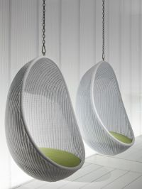 Chairs That Hang From The Ceiling | HomesFeed