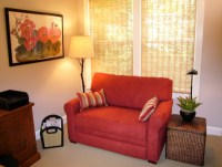 Lovely Small Loveseat For Bedroom | HomesFeed