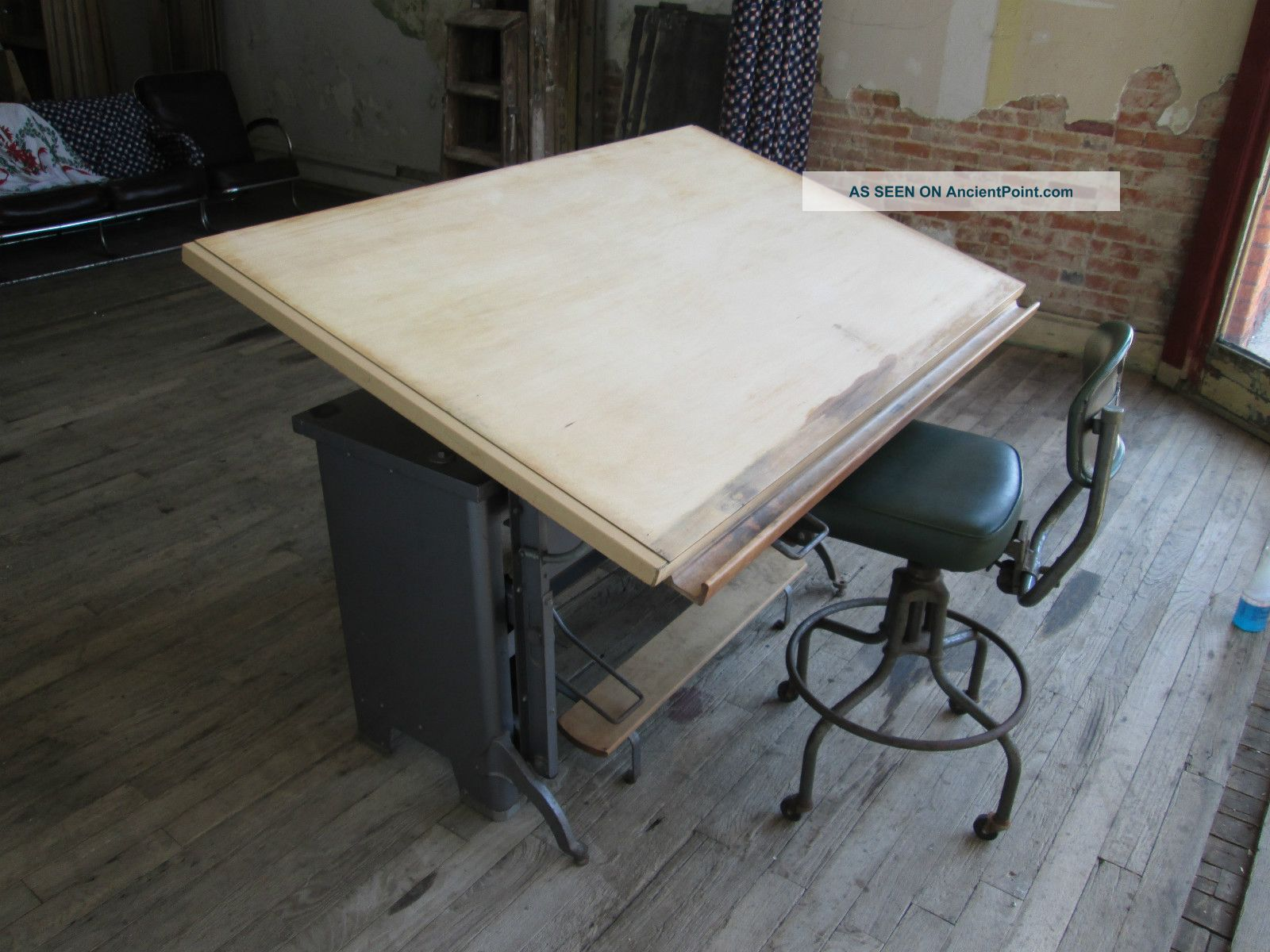 Cool Drafting Table Classic Old Dafting Table Homesfeed
