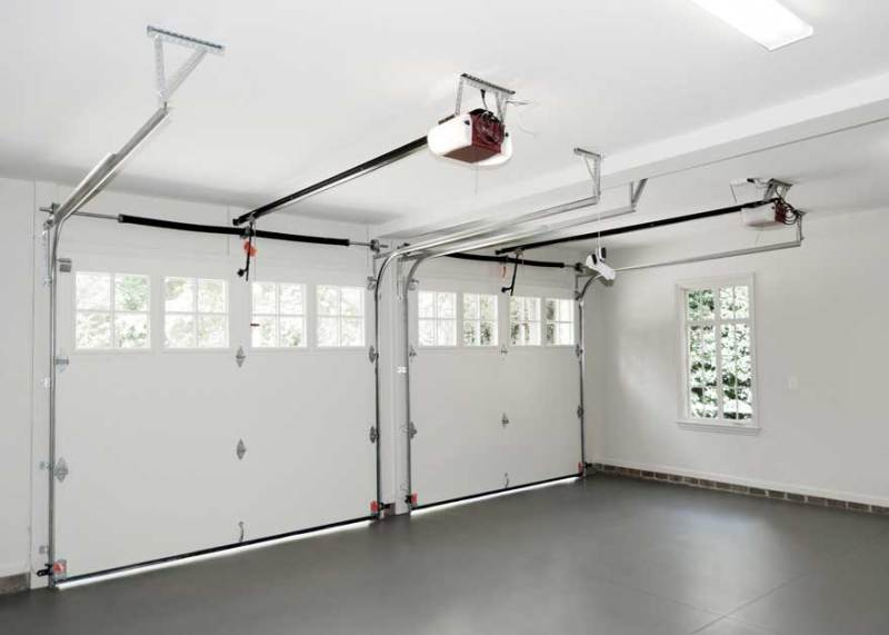 White Garage Finishing Ideas After You Have Finished Your Interior