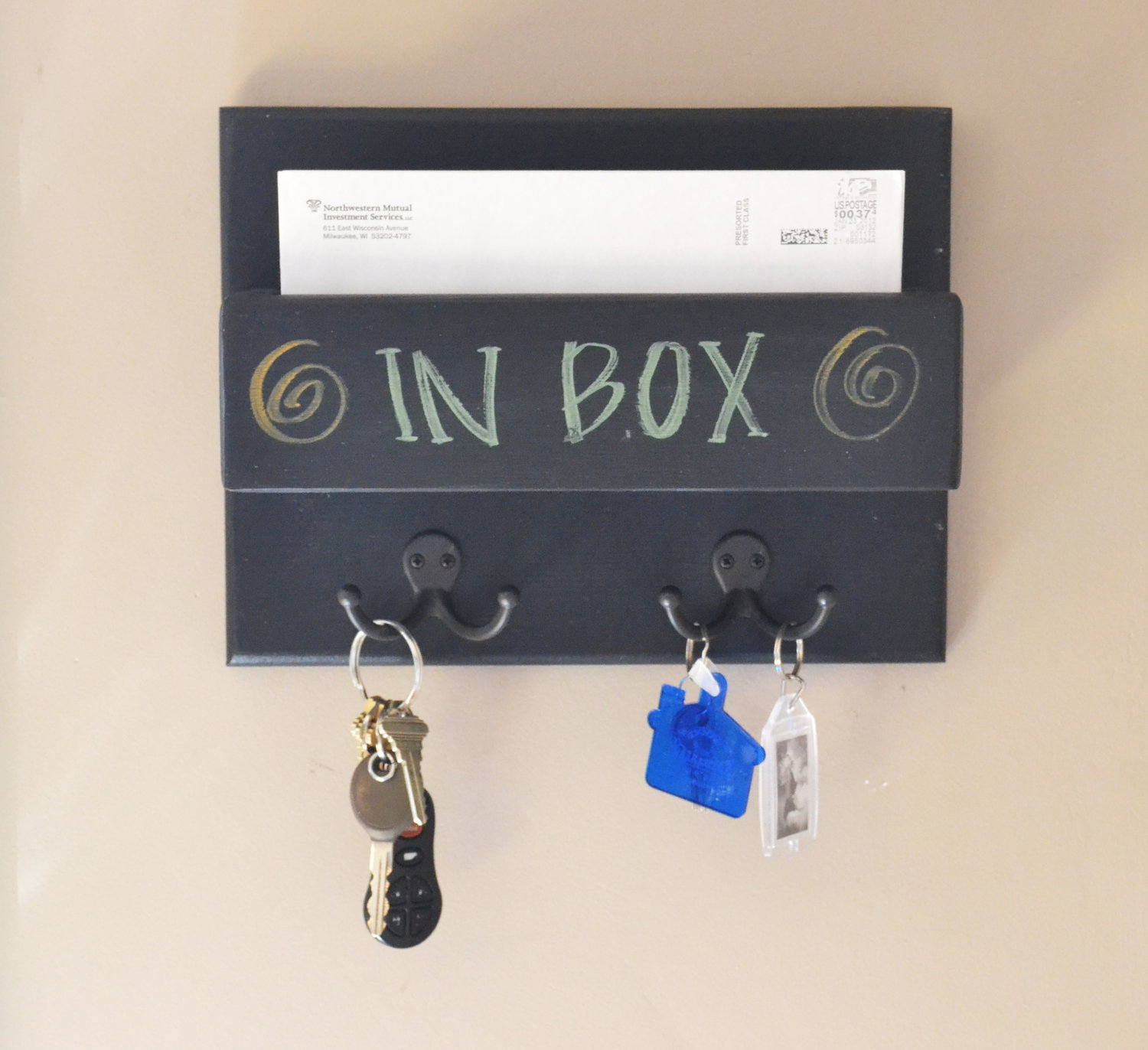 Hanging Mail And Key Organizer Wall Mounted Mail Organizer A Best Storing Solution For